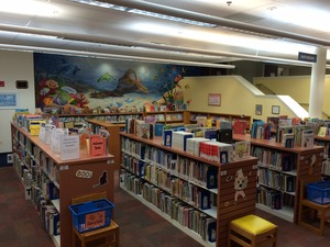 Medium bordentownlibraryinside1