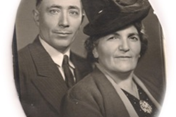 Simon and Mary Kechloian