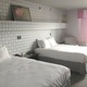 Thumb metropolis hotel room 767x1024
