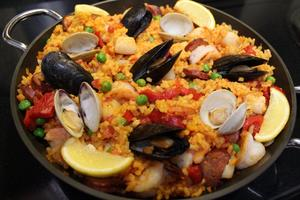Al Fresco Diversity and freshness dominate Spanish-style paella feast - Sep 26 2015 0808AM
