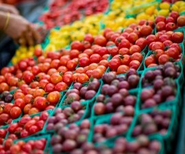 Medium farmers market clovis fresh produce 300x250