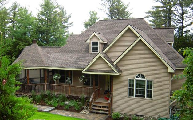 Quechee woodstock hartford pomfret homes for sale for House with wrap around porch for sale