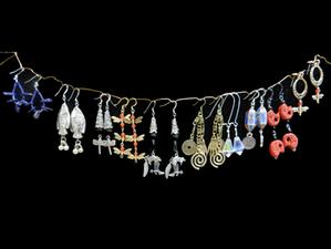 Medium earring design wire class