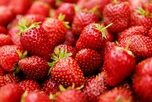 Medium stmichaelsstrawberryfestival stock
