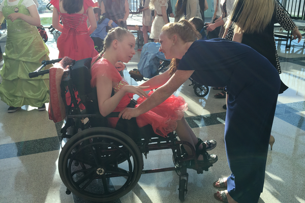 Aubretia Schouten (left) dances with Kari Sue Hamilton (right). – Tori La Rue
