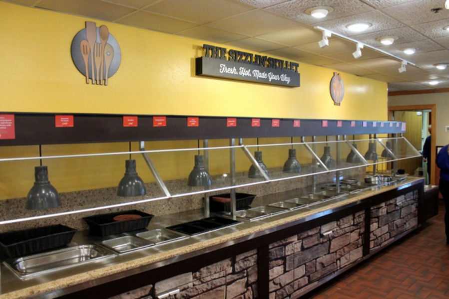 Want a buffet with enough options for the whole family? Golden Corral has a buffet for every meal of the day. Use our Golden Corral restaurant locator list to find the location near you, plus discover which locations get the best reviews. Start by simply choosing a state below to find your favorite /5(75).