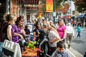 DOWNTOWN CONCORD CANDY CRAWL - start Oct 31 2016 0300PM
