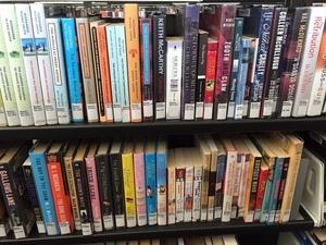 Medium gallery books