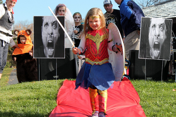 Halloween Family Fun event at Weaver Lake Park Oct. 22, 2016 (photo by Doug Erlien)