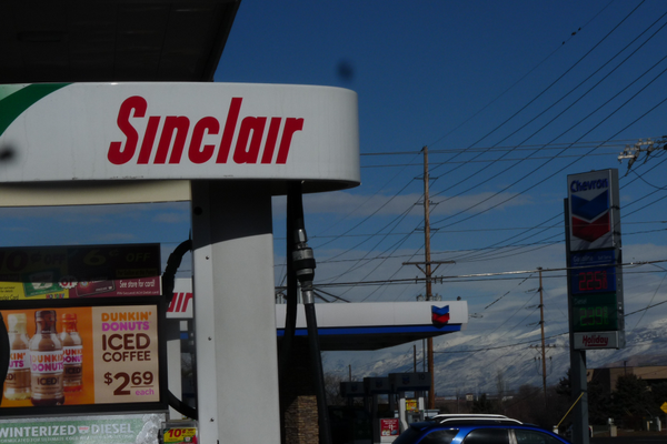 The Taylorsville City Council has cleaned up zoning requirements to allow adjacent gas stations like these to coexist. (Carl Fauver/City Journals)