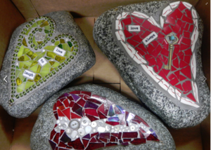 Medium three 20heart 20rocks