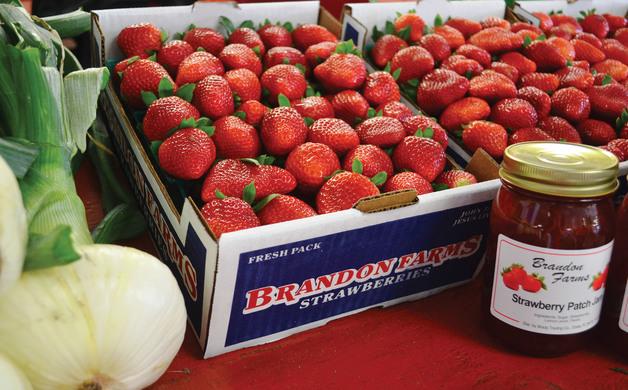 Fresh strawberries and jam