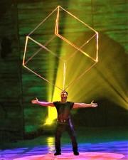 Medium cube 20act 201