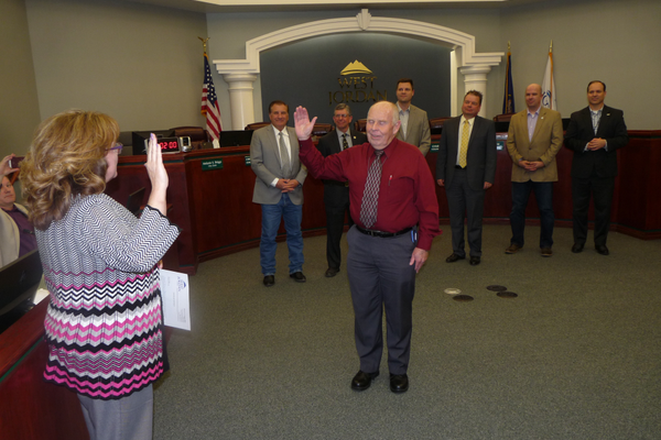 David Newton is sworn in as West Jordan's newest city council member. (Carl Fauver)