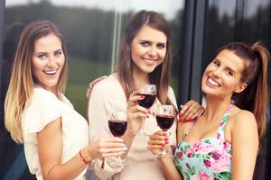 Medium wine 20in 20the 20pines