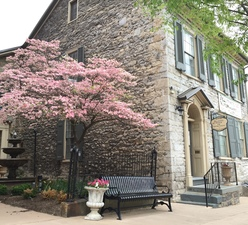 Bellefonte Art Museum Contributes to Community  Culture - Jun 08 2017 0259AM