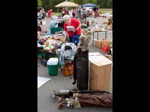 Flea Market in Fairlee - start Jun 09 2018 0730PM