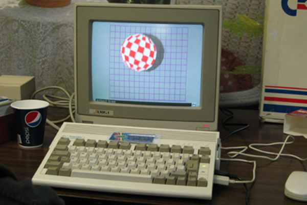 Amiga designers came up with a 3-D bouncing ball demo that dazzled the industry in 1985.