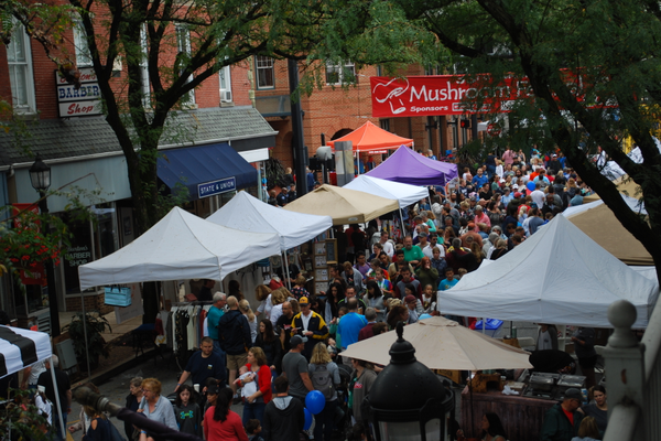 Saturday was busy at the Mushroom Festival, as a break in the rain brought out a big crowd.