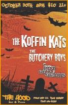 Medium koffin kats at the hood