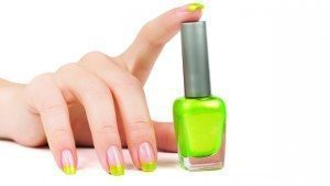 WEB-GL_1214_GreenNailPolish