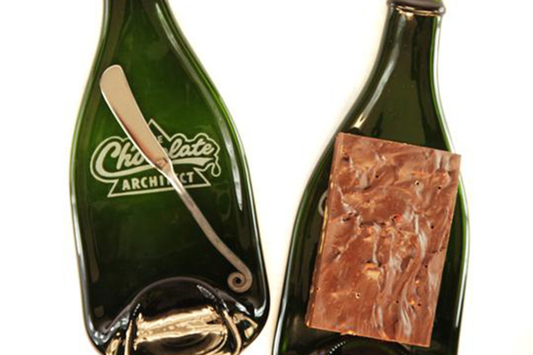Chocolate Silk Wine Bottle Tray with Chocolate Slab