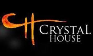 Medium logo crystzl