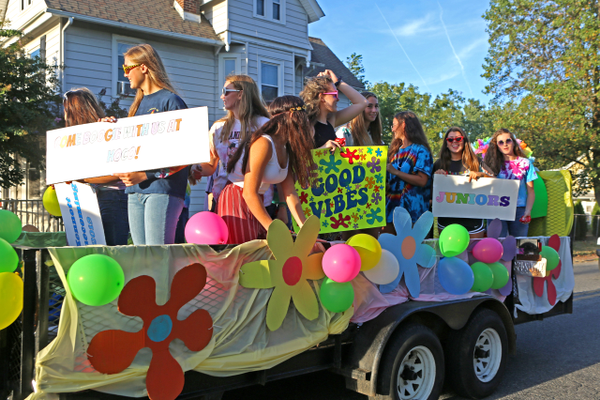 The Class of 2021 – the juniors – won the float competition in the homecoming parade.