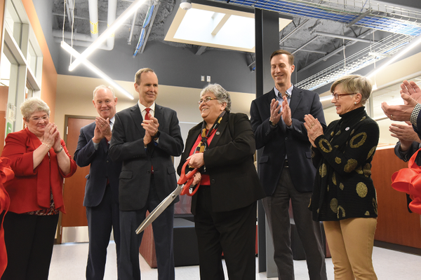 Renovated Palumbo Science Center Opens at La Roche