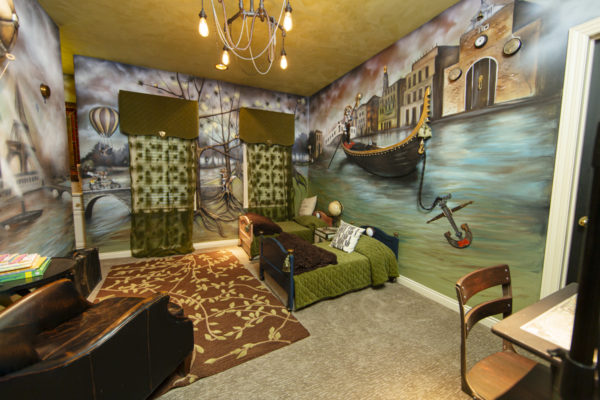 Sandra Lassley's fairytail-themed walls