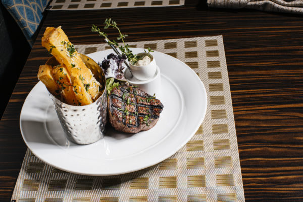 A bistro filet with accompaniments