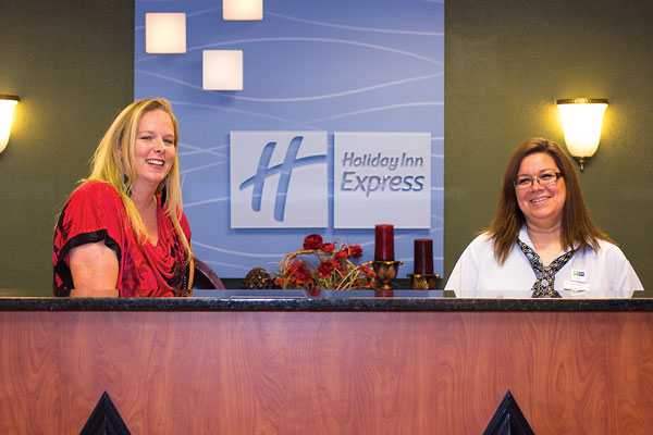 Jen Struebing and Lisa Shipman of Holiday Inn Express.