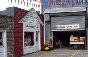 Medium real good toys dollhouse factory outlet